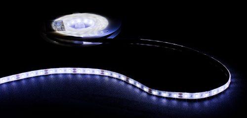 Profesjonalna taśma LED, 60diod 3528/metr, moc max 4.8W/m, biała zimna, zasilanie 12Vdc