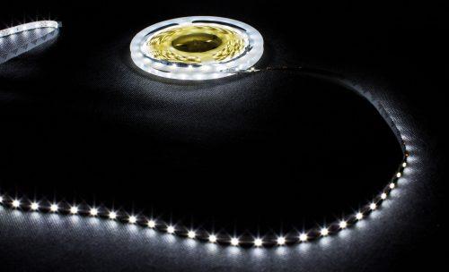 Profesjonalna taśma LED, 60diod 3528/metr, 4.8W/m, biała neutralna, zasilanie 12Vdc